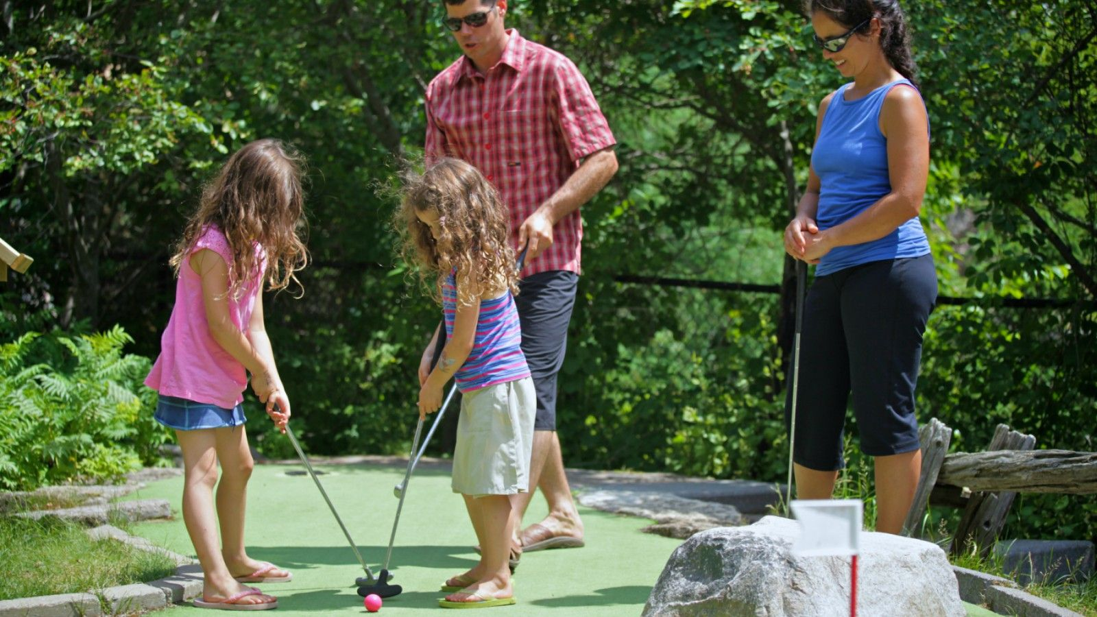 Things to Do at Tremblant - Mini Golf